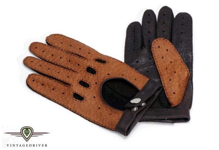 Luxus made in Germany. Lassen Sie sich Ihre individuellen Fahrerhandschuhe aus Peccaryleder auf Maß nähen. Viele Farben möglich