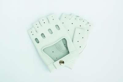 Handgemachte Fahrerhandschuhe aus Hirschleder